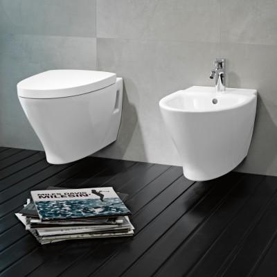 sh designbath- אסלה תלויה דגם KAPA + מושב הידראולי